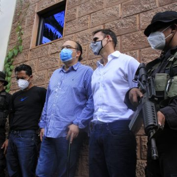 Dictan arresto domiciliar a ex Alcalde Neto Muyshondt