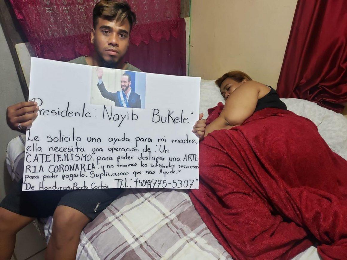 Joven Hondureño pide ayuda al Presidente Bukele para poder operar a su mamá