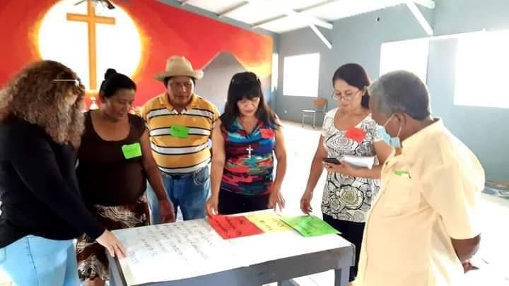 Sonsonatecos se capacitan  para mejorar sus conocimientos ambientales