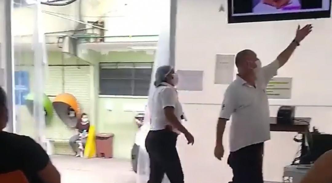 VIDEO: En un Hospital de Guatemala ponen videos para adultos en la recepción de pacientes