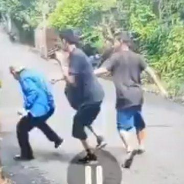 VIDEO: Dos mareros le dan tremenda golpiza a un señor de la tercera edad en Colón, La Libertad
