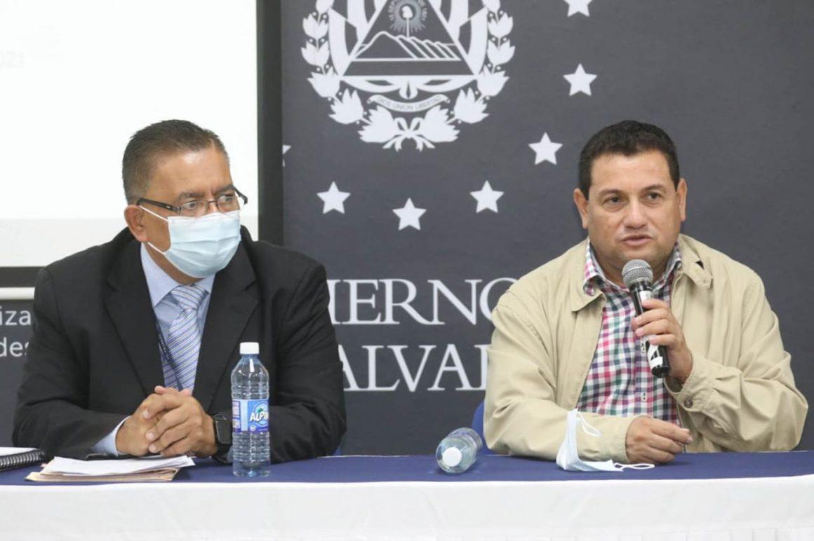 """VIDEO: Rolando Castro, Ministro de Trabajo """"El mejor Alcalde de este país que se llama Dr. Norman Quijano"""""""