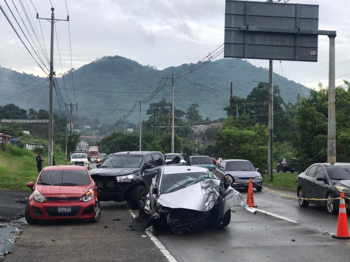 Mueren dos subinspectores de la Policía en una accidente de tránsito