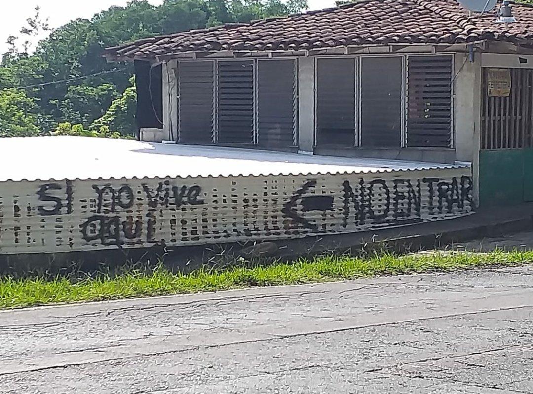 Pandilleros no dejan entrar personas en Morazán