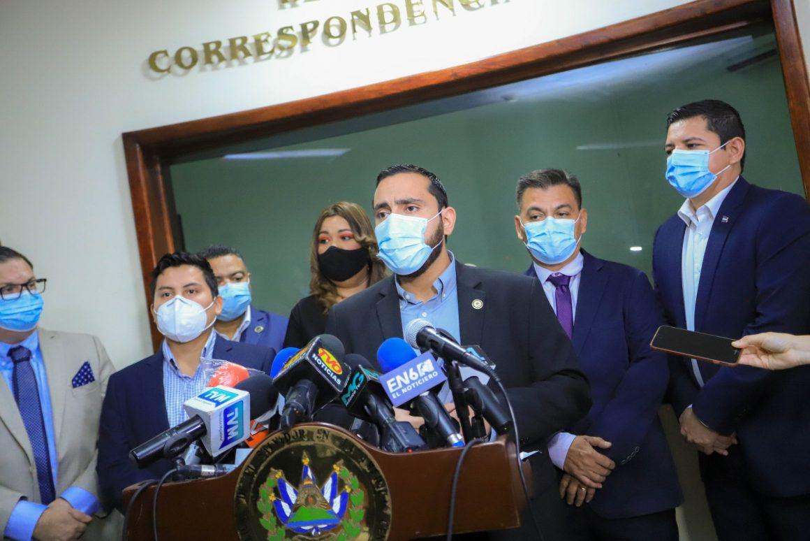 Suspenden eventos públicos y privados por 90 días en El Salvador