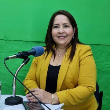 Diputada Silvia Ostorga impulsa iniciativa de becas para estudiantes