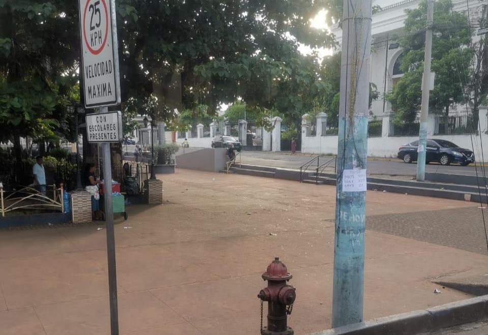 Sonsonatecos molestos porque no notificaron el cambio de las paradas de buses