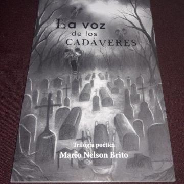 Presentan libro La Voz de los CADÁVERES