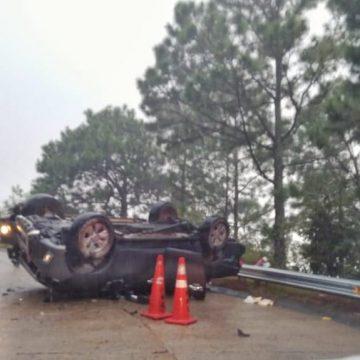 Un menor murió y 11 personas resultaron lesionadas en Chalatenango