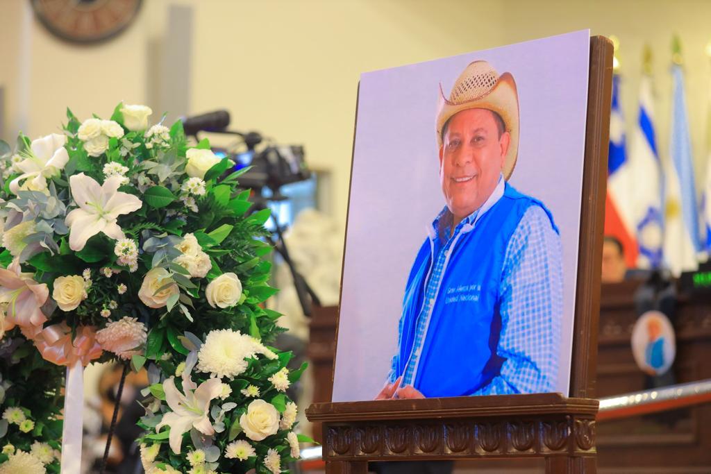 Pronto extenderán solvencias de la PNC en Sonsonate, gracias al legado del diputado Adelmo