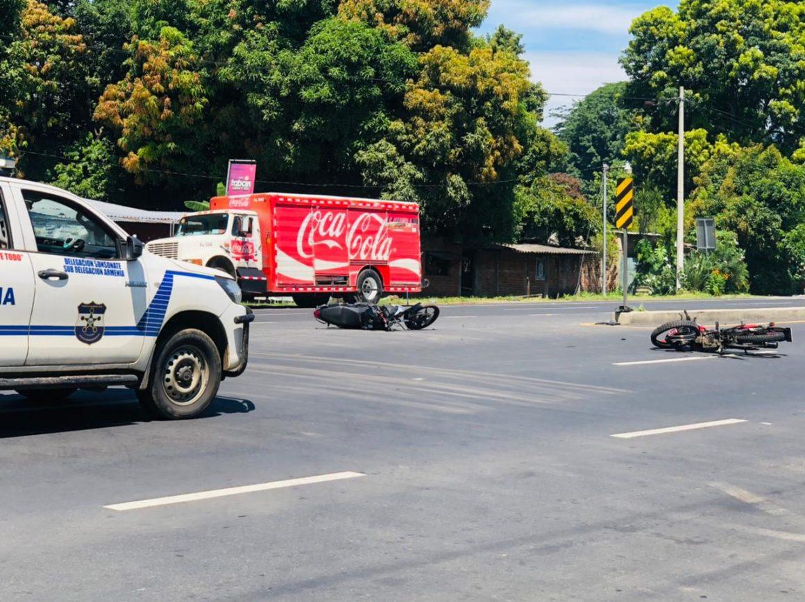Dos motos chocaron cerca de Copapayo