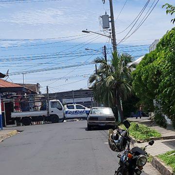VIDEO: Agente del CAM de Sonsonate intentó quitarse la vida