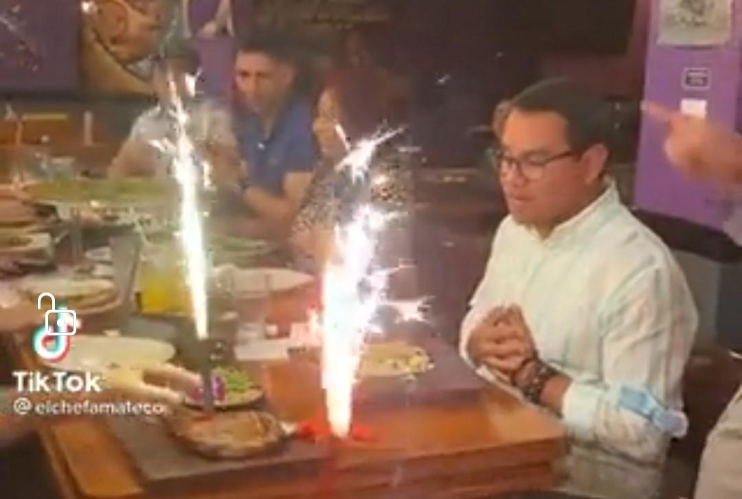 VIDEO: Diputados de Nuevas Ideas degustando un exquisito banquete en vacaciones