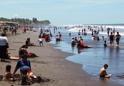 Volcó lancha con seis turistas en el Majahual